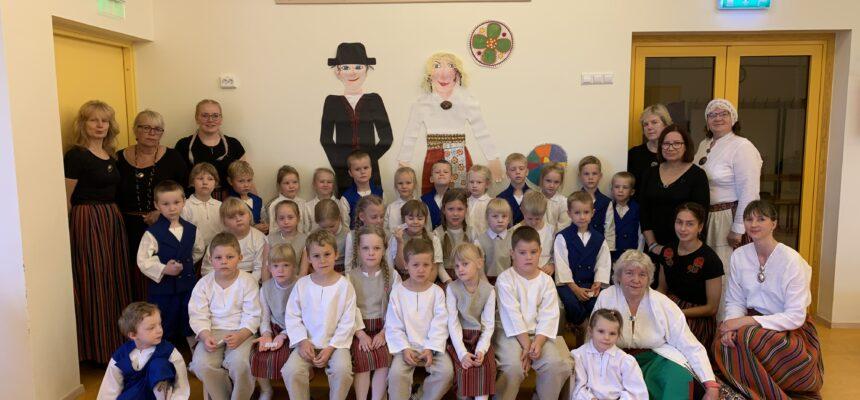 Mulgimaa laste folklooripäev